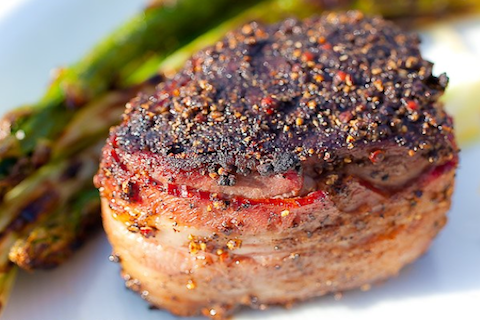 Peppercorn-Crusted-FIlet-Mignon1
